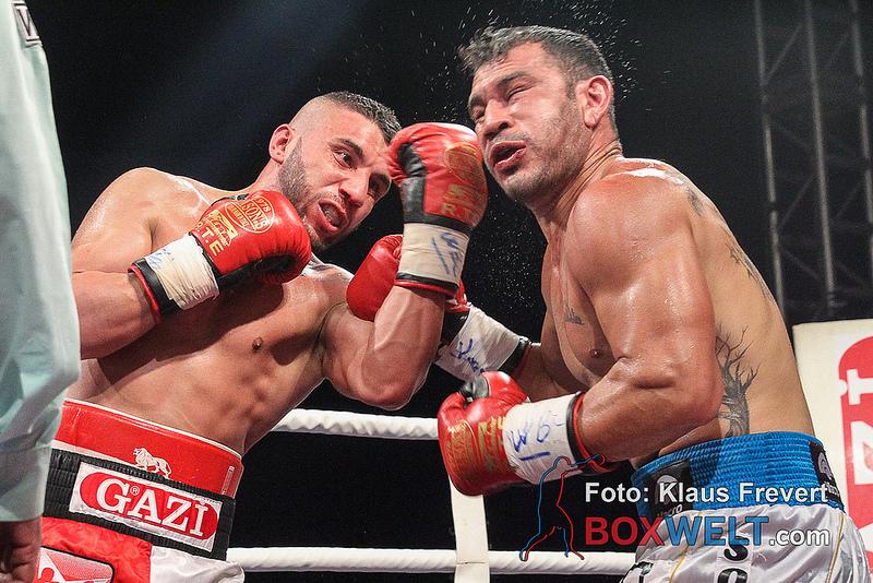 Avni Yildirim vs Walter Gabriel Sequeira