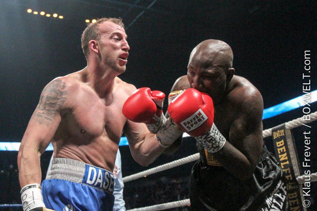 Mario Daser vs Ola Afolabi