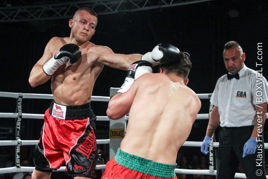 Artur Müller vs Bilal Messoudi