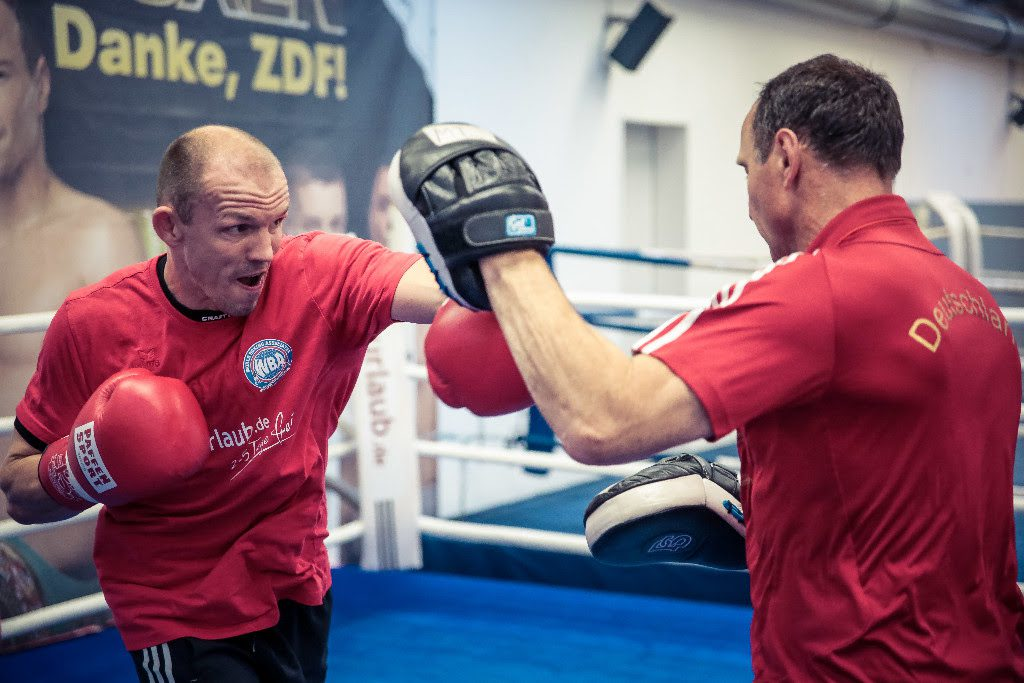 Jürgen Brähmer mit Michael Timm - Foto: World Boxing Super Series