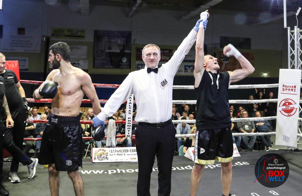 Denis Adam Madry freut sich über seinen Sieg